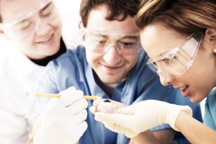 "Collaborative ""Maker Team"" Aims to Improve Ebola Protective Equipment"