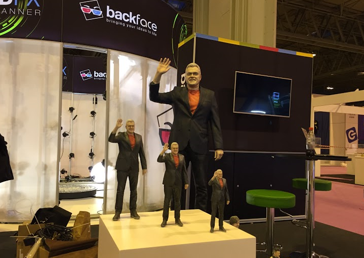 Backface 3D Printing Wins Guinness World Record With Gigantic Replica of Jon Bentley