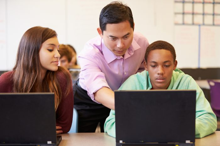 Google Chromebooks & Apps Dominate Education Space