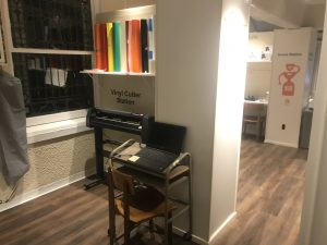 Vinyl Cutter station