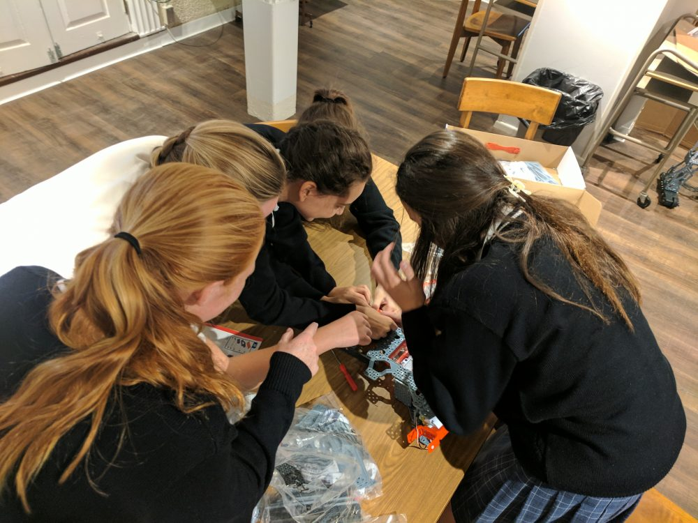 girls collaborating
